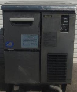 SANYO(サンヨー)の製氷機SIM-C99の買取実績です。