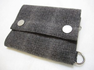 伊丹市にて貴金属品・ブランド品をお買取|アンダーカバー(UNDERCOVER)「二つ折り財布」の買取実績