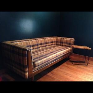宝塚市にてCRASH GATE(クラッシュゲート)のソファを,高額買取しました!