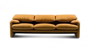 神戸市東灘区にて高級デザイナーズ家具で知られるカッシーナのソファを買取してきました