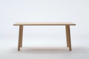 神戸市灘区にて近代的日本家具で知られるマルニのダイニングテーブルを買取してきました